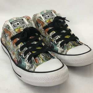 Floral converse All-Stars sneakers size 7